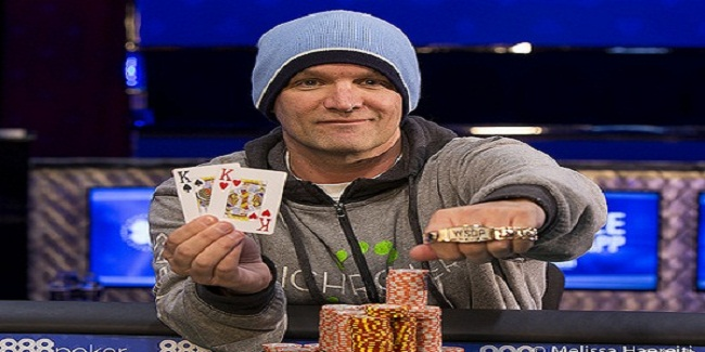 Christopher Sand Wins the Event#1 of WSOP 2016
